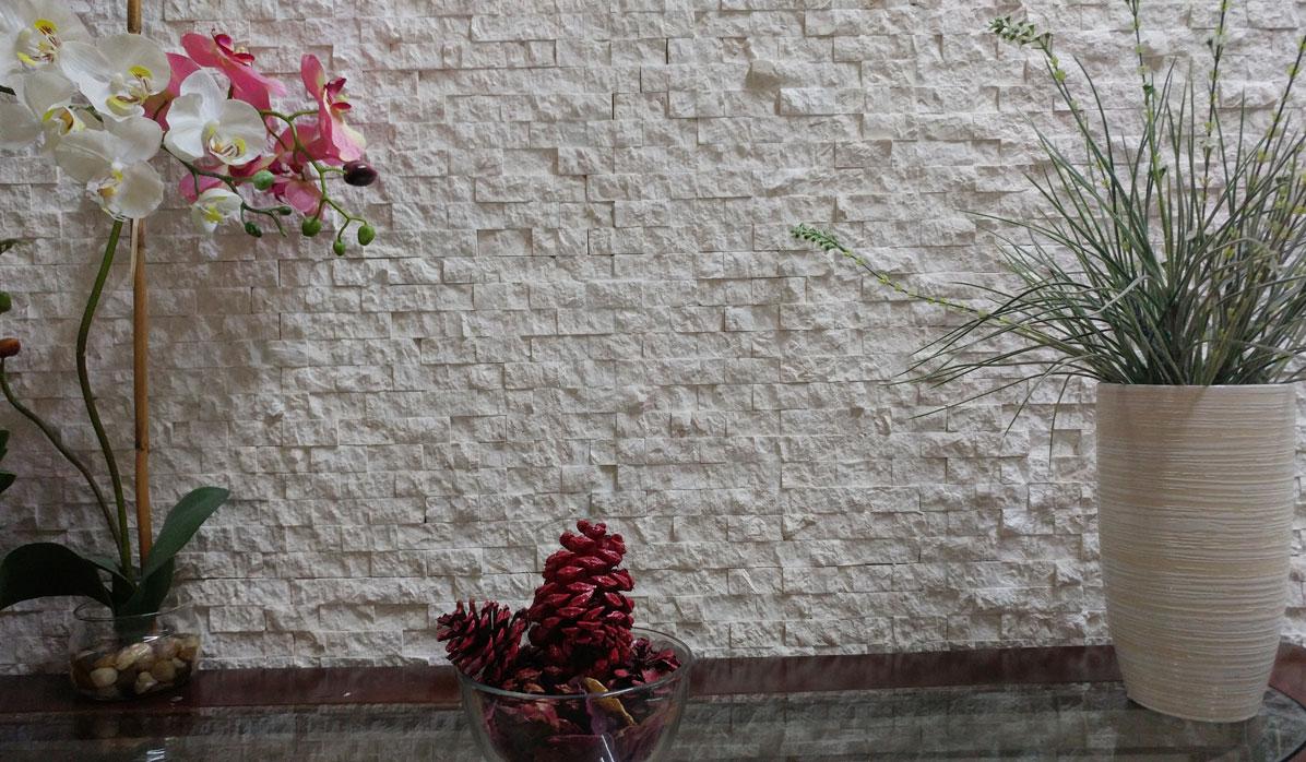 shell-stone-mosaic-wall